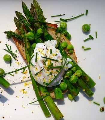 Local Asparagus and Spring Peas on Toast with a Poached Egg
